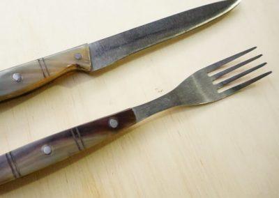 Set cocina Cuchillo 23 cm + tenedor. Cuchillos Parroninos